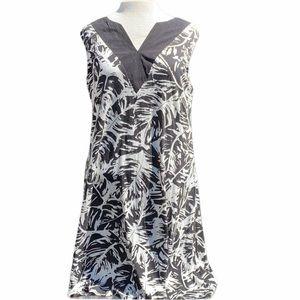 Kate & Sam sleeveless V neck dress black/white
